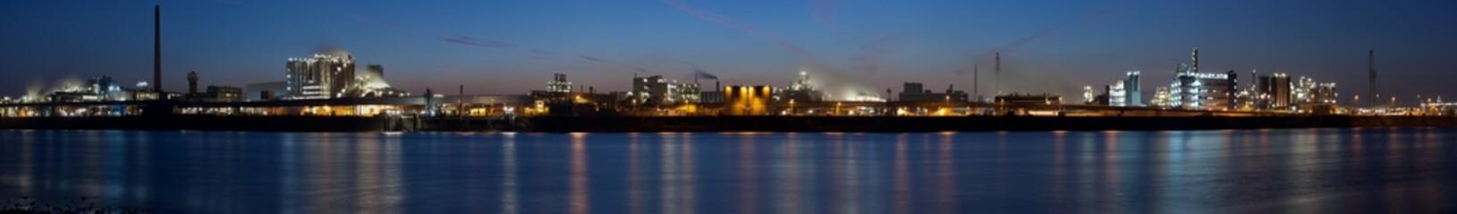 Raffinerieen (Panorama)