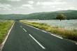 paisaje con arbol y carretera