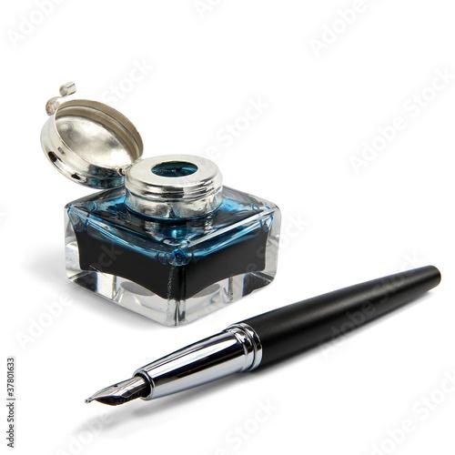 Tintenfass und Füller