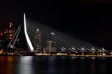 Rotterdam Erasmusbrug nachts