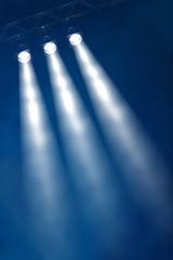 drei Konzertscheinwerfer
