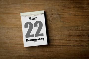 22 März
