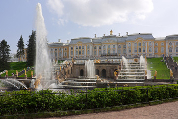 fountain  and palace  in Lower Park