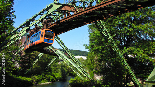 Leinwandbild Motiv Wuppertal Schwebebahn