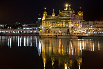 Amritsar Sikh Golden temple at night