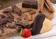 Cioccolato e biscotto a forma di cuore