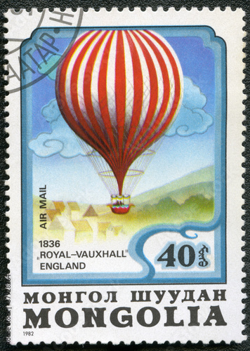 Poster Ballon MONGOLIA - CIRCA 1982: A stamp printed in Mongolia shows air-bal