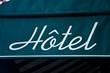 enseigne hôtel
