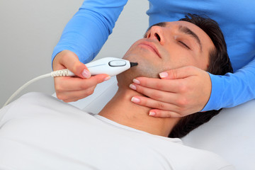 Ultrasonic hair removal in professional studio