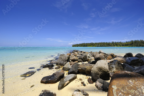 Beautiful beach at Papetoai, Moorea