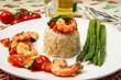 riso con gamberi, cozze ed asparagi