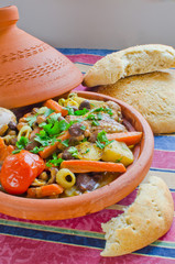 """Moroccan """"seven vegetables"""" tagine with bread"""