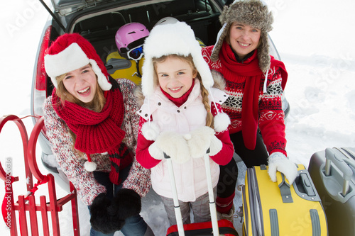 Winter, travel - family ready for the travel for winter vacation - 38020636
