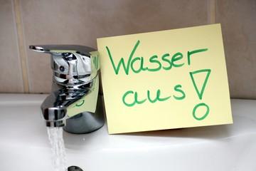"""Schild für Demenzkranke """"Wasser aus"""""""