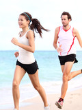 People running: couple runners