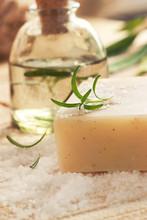 Réglage Spa avec bain de sel et l'eau florale