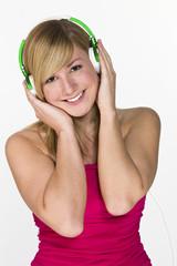 Mädchen 18 Jahre mit Kopfhörer