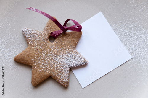 Holiday cookie star with paper note