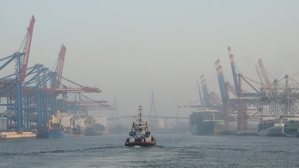 Schlepper Hafen