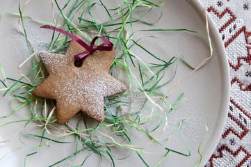 Festive powdered star cookie