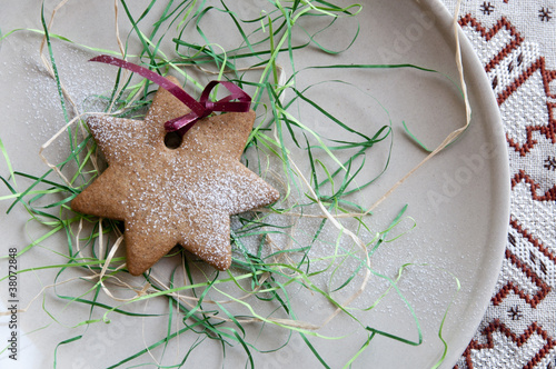 Festive powdered star cookie