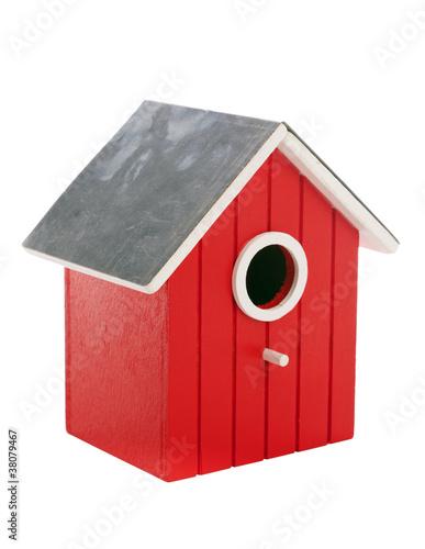 kleines rotes Vogelhaus isoliert