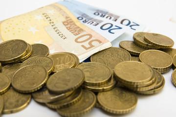 dinero sobre la mesa