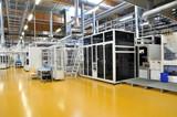High Tech industrie factory // Industriebetrieb Solarzellen
