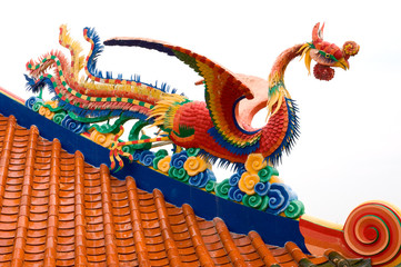 bird statue on chinese temple roof