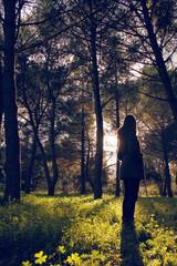Donna nel bosco