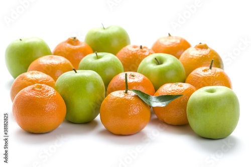 clementine oranges and granny smith apples
