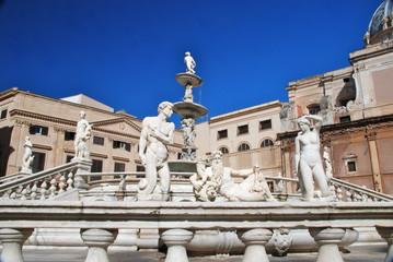 Fontana Pretoria, Palermo, Italia