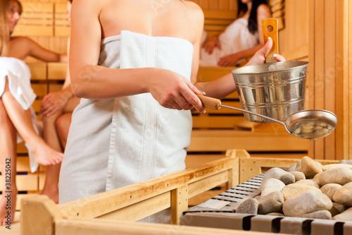 sauna wellness - four women in Spa