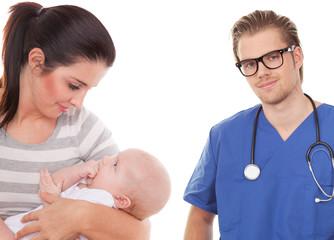 doctor mit mutter und kind