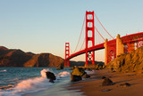 Fototapety Golden Gate Bridge in San Francisco at sunset