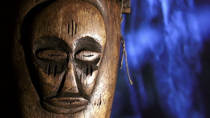 Africa, wood face, rain, zoom