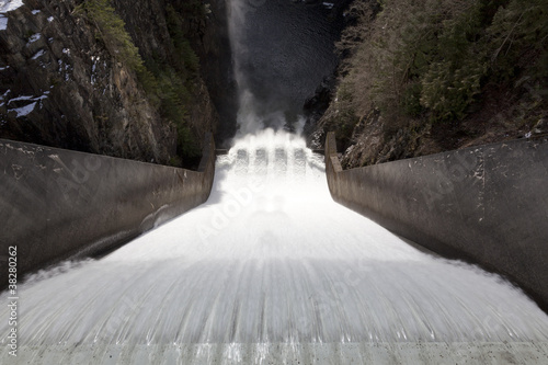 water cacades down Cleveland Dam in Vancouver, BC - 38280262