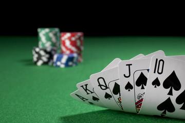 royal flush with gambling chips