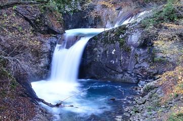 秋の西沢渓谷 竜神の滝