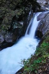 秋の西沢渓谷 貞泉の滝