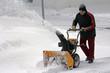 Schneeräumen bei starkem Schneefall in Bayern