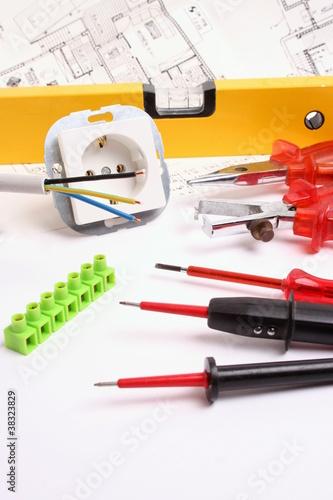 material und werkzeug f r elektriker stockfotos und lizenzfreie bilder auf bild. Black Bedroom Furniture Sets. Home Design Ideas