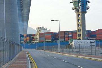 highway to container harbour