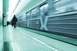 Fototapeta Mężczyzna - Rozmycie - Metro