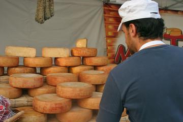 Bancarella di formaggi