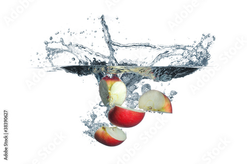 Apple slices splash