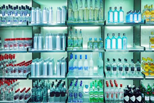 Wine shop - 38392047