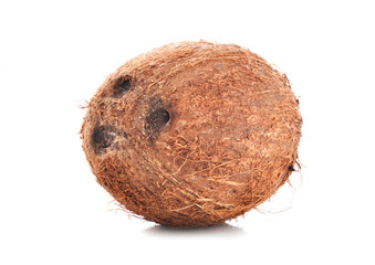 kokosnuss isoliert auf weiss