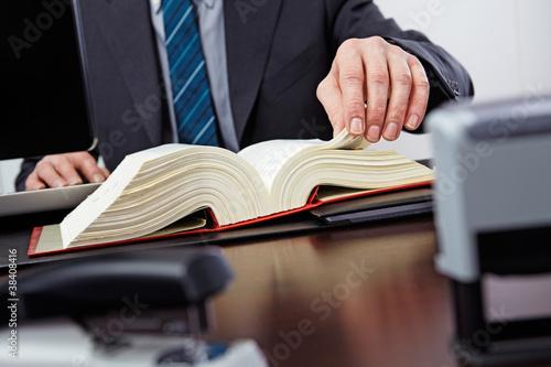 Leinwanddruck Bild lawyer at work