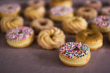 donut - very narrow DOF